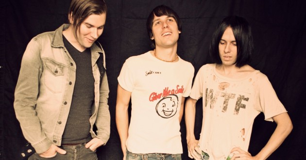 The-Cribs_2015
